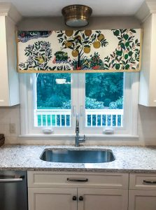 custom valance schumacher citrus (1 of 1)